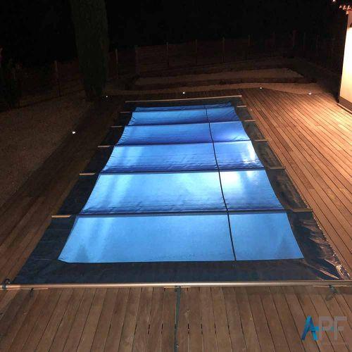 Couverture à barres de sécurité piscine Discover